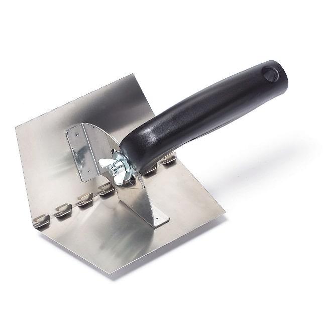 Кельма угловая: вид штукатурных инструментов