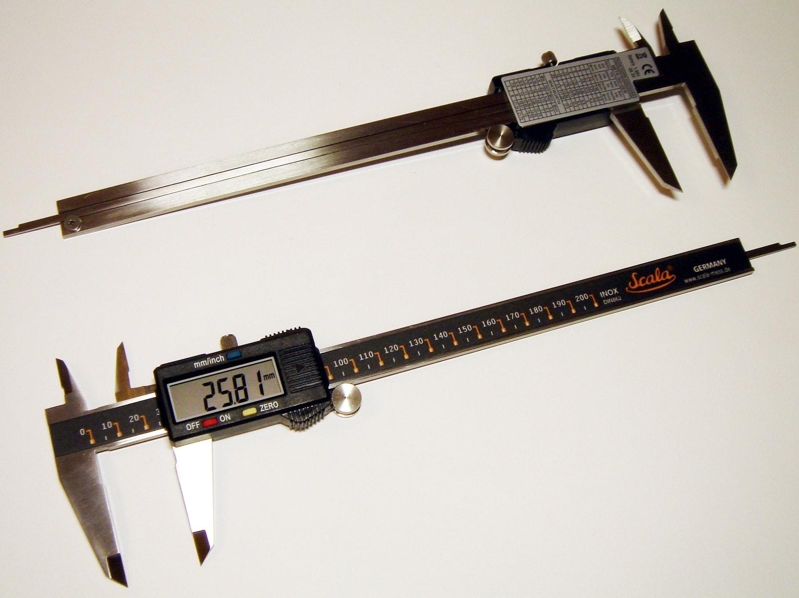 Инструмент электрика: штангенциркуль