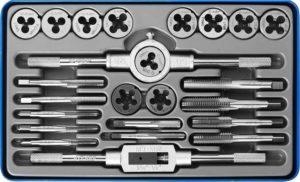 Слесарный инструмент для нарезания резьбы на стержне